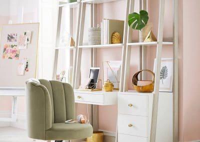 Charming Pink (Walls)