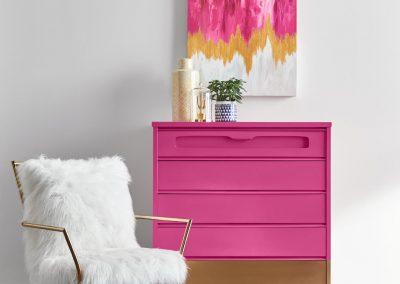 Exuberant Pink шкаф
