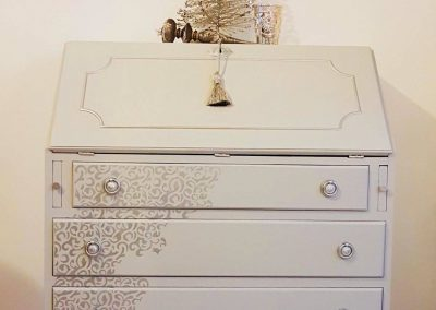 Shabby Light Grey